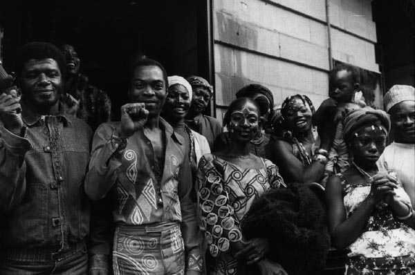 Fela dans la Kalakuta républic