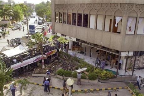 Site de l'attentat qui a fait 15 morts et et 12 blessés le 8 mai 2002 à Karachi. Photo Rehan Arif