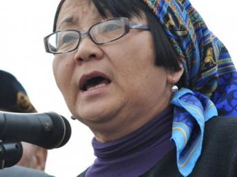 Rosa Otounbaïeva, présidente par intérim du Kirghizistan