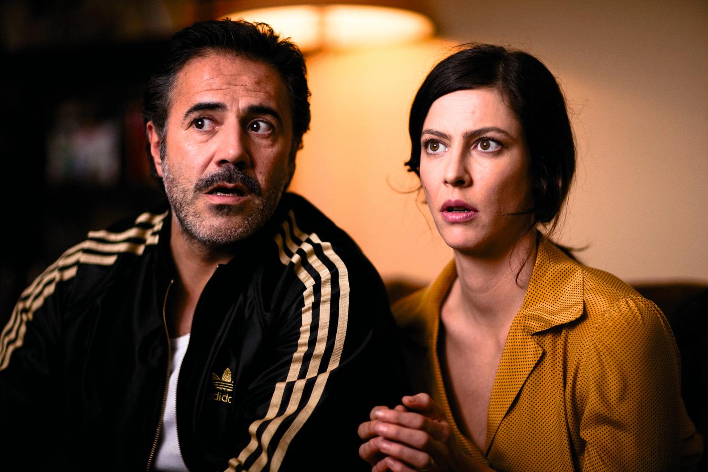 Samuel Benchetrit manie les références du genre en signant un film plein d'humour.