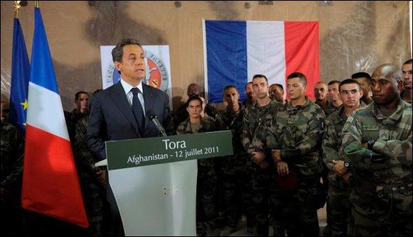 """Sarkozy en Afghanistan """"Il faut savoir finir une guerre"""" ..."""