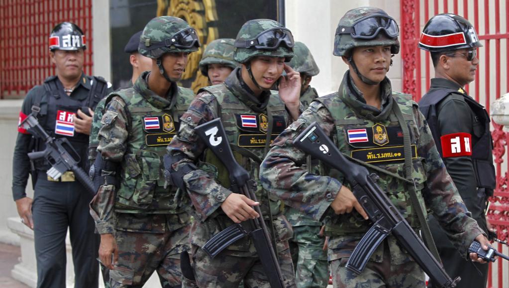 Une patrouille dans les rues de Bangkok, le 18 juin 2014. Photo REuters
