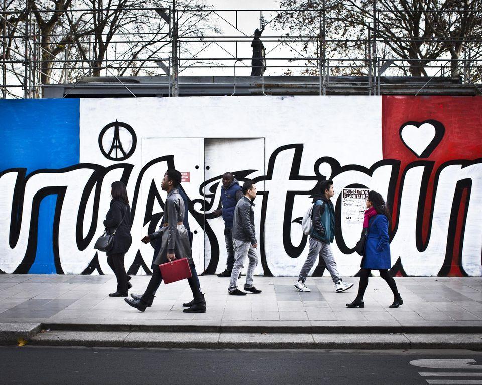 Dans le quartier de République. Photo Edouard Caupeil pour Libération