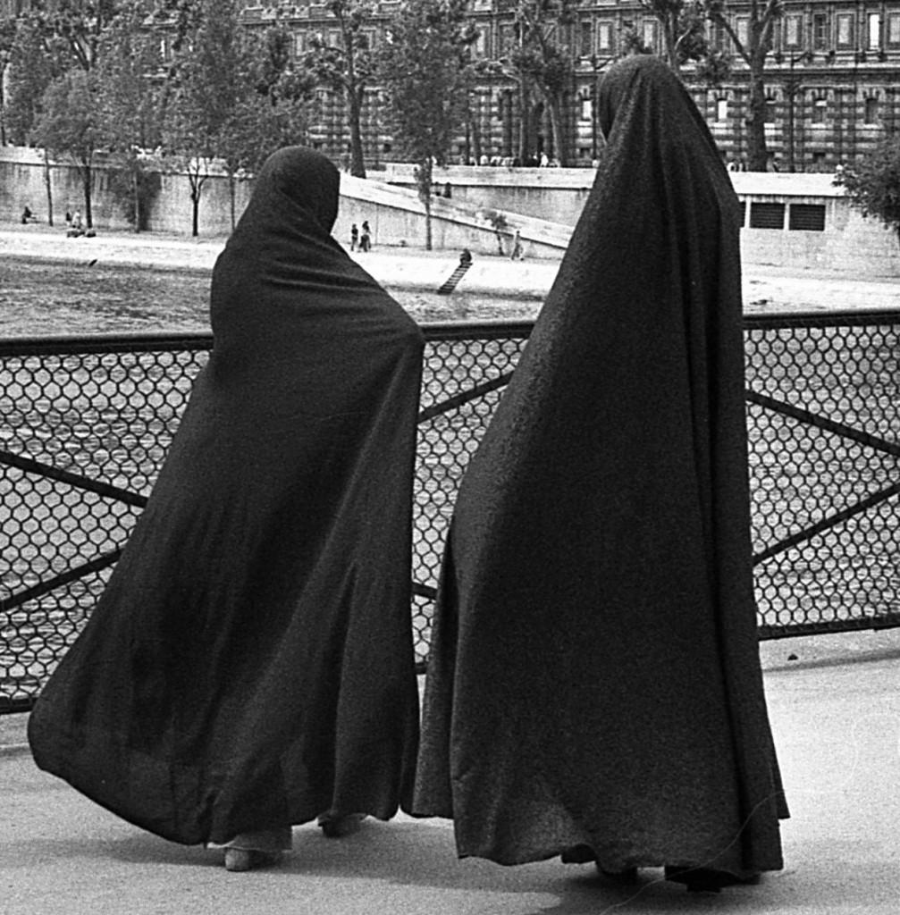 paris-teheran-sur-seine-1980-modif