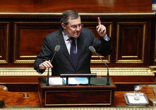 Le sénateur Philippe Bas (LR) défend son amendement devant le Sénat, le 16 mars, à Paris.  FRANCOIS GUILLOT / AFP