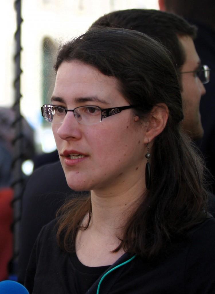 Adrienne Charmet lors d'une manifestation contre le projet de loi renseignement, le 13 avril 2015 - Ash Crow/WikimediaCommons/CC