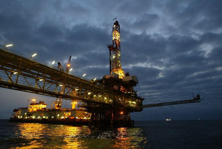 Plateforme pétrolière en Angola. Photo Martin AFP