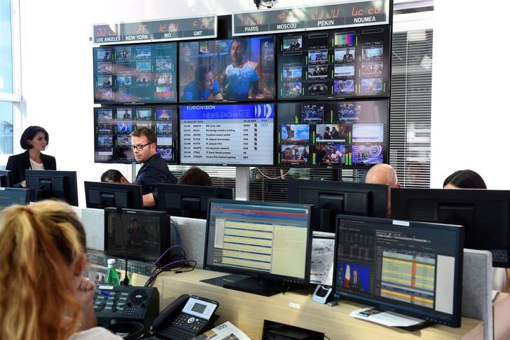 Newsroom de FranceInfo le 31 août 2016. / Bertrand Guay/Afp