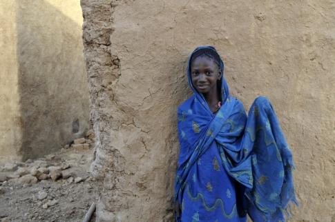 jeune-fille-mauritanienne_485x322