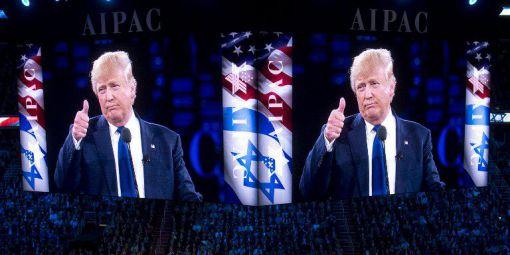 Donald Trump s'adressant à l'AIPAC, le principal lobby israélien aux Etats-Unis, le 21 mars 2016, alors qu'il n'est encore que candidat. © SAUL LOEB/AFP
