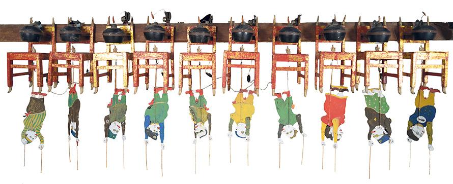 Heri Dono. – « Shock Therapy for Political Leader » (Thérapie de choc pour dirigeant politique), 2004. Photo : Agung Sukindra - Mizuma Gallery, Singapour, Tokyo