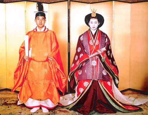 Le mariage du prince Akihito avec Michiko Shoda le 1er janvier 1958.