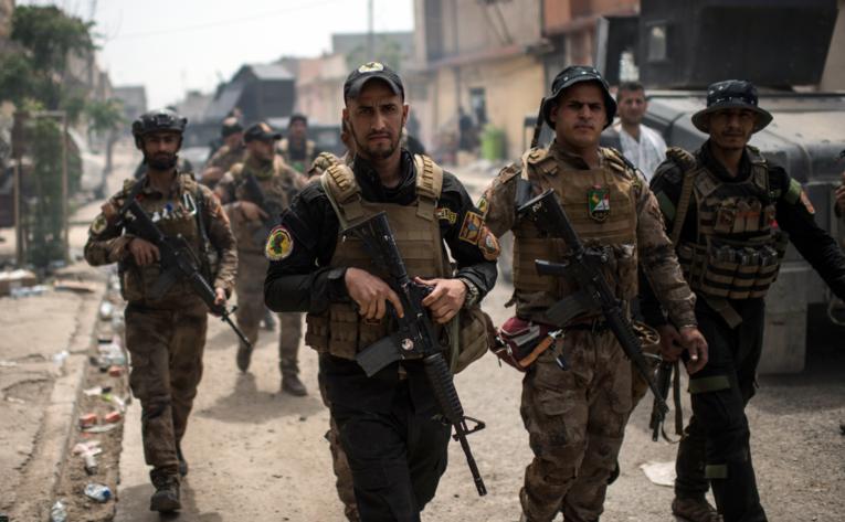 """Suite à cela, explique Ali Arkady dans le Spiegel, j'ai amené ma famille dans un endroit sûr et j'ai quitté l'Irak, mon pays, parce qu'il était clair que ma vie serait en danger dès que je publierais ces preuves de crimes de guerre."""""""