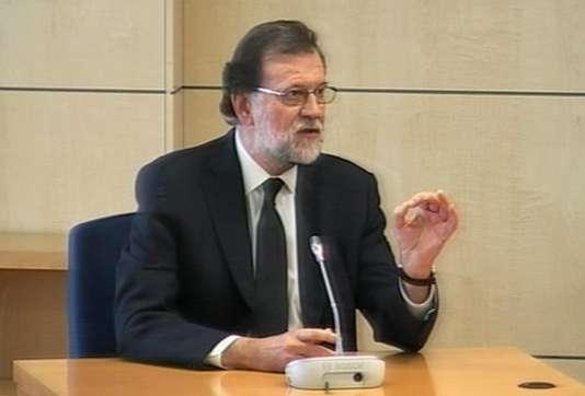 Capture d'une vidéo de l'audition du premier ministre espagnol, Mariano Rajoy, à l'Audience nationale, à San Fernando de Henares, le 28 juillet. POOL / AP