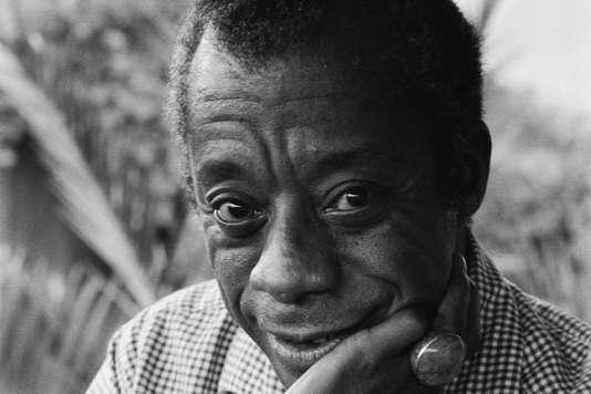 I Am Not Your Negro, de James Baldwin et Raoul Peck, traduit de l'anglais (Etats-Unis) par Pierre Furlan, Robert Laffont/Velvet Film, 144 p., 17 €.