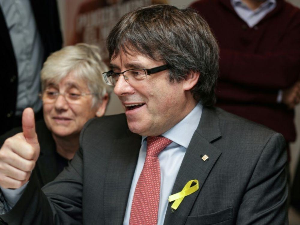 Le président destitué de Catalogne Carles Puigdemont réagit à la victoire électorale des indépendantistes depuis Bruxelles, le 21 décembre 2017 AFP - Aris Oikonomou